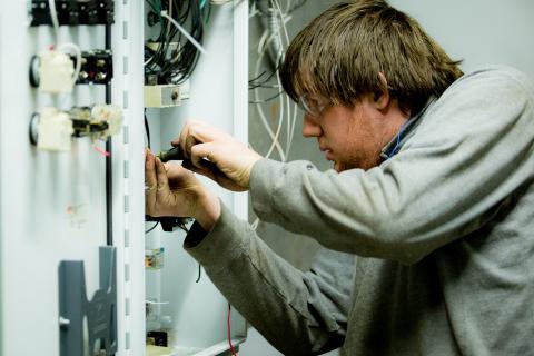 Electricista barato Electricista económico en Bercial Directorio de empresas de electricidad, Electricistas económicos en Segovia