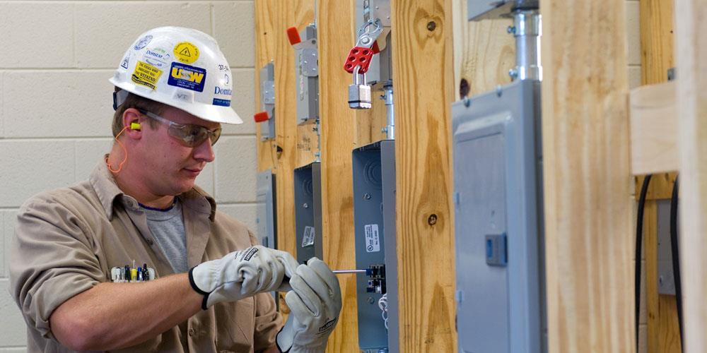 Electricista barato Electricista económico en Malva Directorio de empresas de electricidad, Electricistas económicos en Zamora